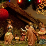 12 Meaningful Christmas Family Traditions You Can Start This Year